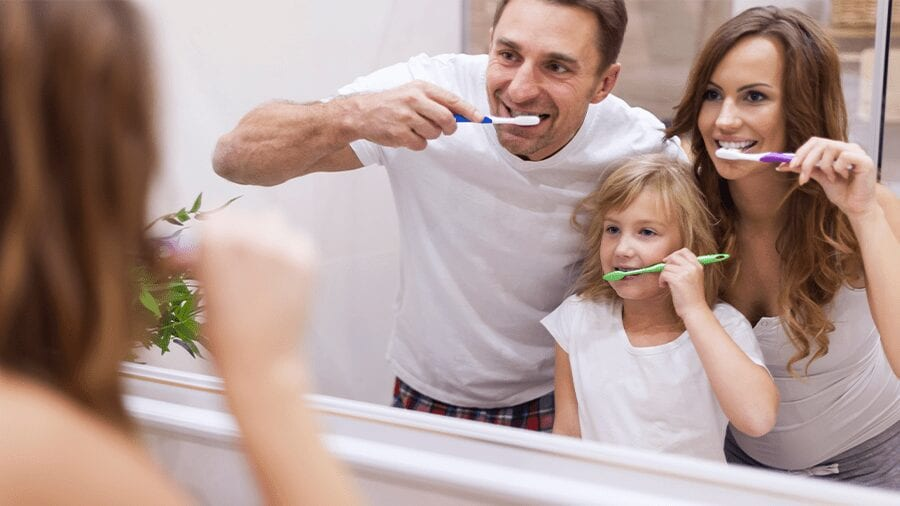 5 Cool Ways to Get Your Kids to Brush (and Brush Well!)